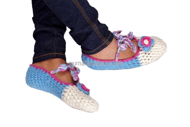 Purna Handmade Collection: Woolen Shoes Sawn Design